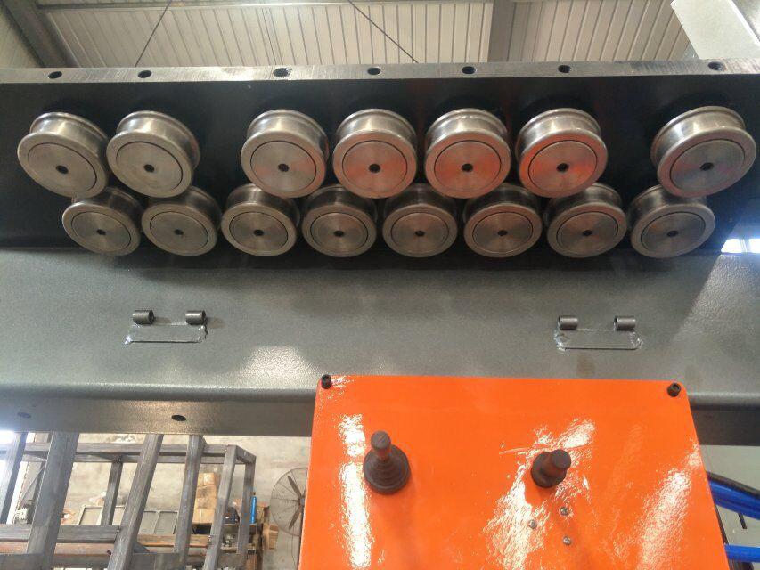 CNC челични шипки за виткање машина